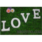 1 mot LOVE - Lettres blanches